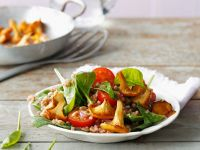 Spelt Salad with Spinach and Mushrooms recipe