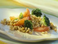 Spelt with Broccoli and Tomatoes recipe