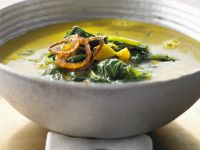Spice Cream Soup with Spinach