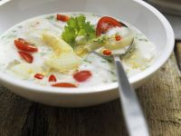 Spicy Asparagus Soup with Tomatoes and Lemongrass recipe