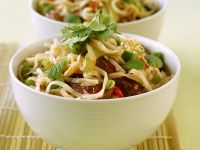Spicy Beef and Mint Noodle Bowl recipe