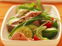 Spicy Beef Salad with Tomatoes and Cucumbers recipe