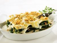 Spinach and Ham Lasagna with Crunchy Cereal Crust recipe