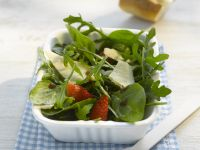 Spinach-Arugula Salad with Strawberries and Parmesan