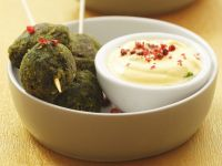Spinach Balls with Yogurt Dip recipe