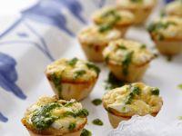 Spinach Cheese Mini Quiche with Pesto Sauce recipe