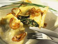 Spinach Ravioli with Fried Onions recipe