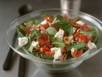 Spinach Salad with Goat Cheese and Ham recipe