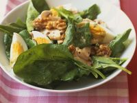 Spinach Salad with Mushrooms, Egg and Walnuts recipe