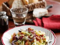 Spiral Pasta with Bacon and Onion recipe