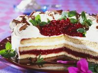 Sponge Cake with Lingonberry Filling recipe