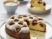 Sponge Cake with Strawberries recipe