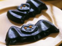 Spooky Blueberry Bat Sweets recipe