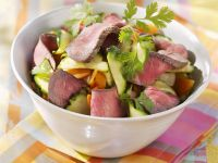 Steak Strips with Vegetable Salad and Cilantro recipe