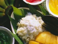 Sticky Rice and Mango with Coconut Sauce recipe