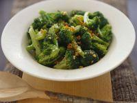 Stir-Fried Broccoli with Garlic recipe