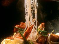 Stir-Fried Vegetables with Noodles and Poularde recipe