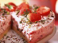 Strawberry Ice Cream Cake recipe