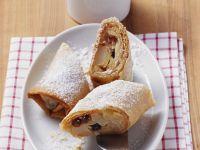 Strudel with Apple, Pear, Raisins and Almonds recipe