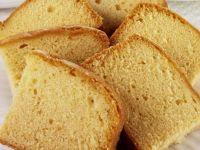 Sugar-free Lemon and Almond Cake