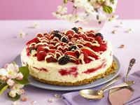 Sugar-free White Chocolate Summer Fruit Cheesecake recipe