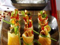 Sushi-style Salmon Rolls with Yogurt Sauce recipe
