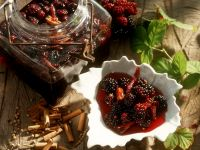 Sweet-And-Sour Blackberries recipe