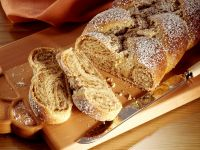 Sweet Braided Nut Cake recipe