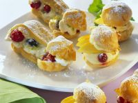 Sweet Profiteroles with Fruit recipe