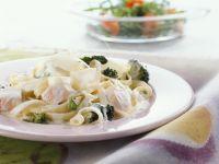Tagliatelle Pasta with Salmon Cream Sauce and Broccoli recipe
