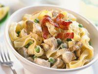 Tagliatelle with Chicken and Cream Sauce recipe
