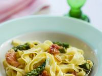 Tagliatelle with Green Asparagus