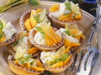 Tartlets with Papaya and Lime Cream recipe