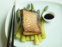 Teriyaki Salmon with Asparagus and Soy Sauce recipe