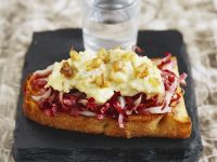 Toast with Blue Cheese, Pear, and Radicchio recipe