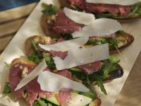 Toast with Carpaccio, Arugula, Avocado and Parmesan recipe