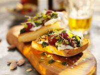 Toast with Cheese and Nuts recipe