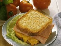 Toast with Ham and Scrambled Eggs recipe