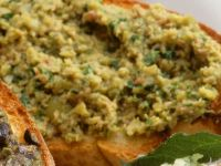 Toasted Bread with Bean Spread recipe