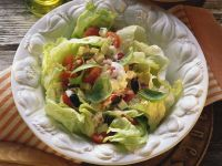 Tomato-Mozzarella Salad with Iceberg Lettuce recipe