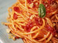Tomato Spaghetti Plate recipe