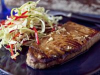 Tuna Fillet with Shredded Salad recipe