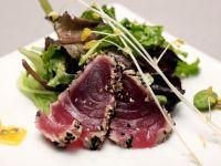 Tuna with Green Salad recipe