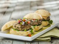 Turkey Burgers with Fresh Tomato Salsa recipe