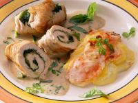 Turkey Rolls Stuffed with Spinach recipe