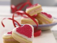 Valentine Sandwich Biscuits recipe