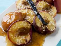 Vanilla Baked Peaches with Sesame recipe