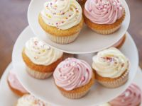 Vanilla Buttercream Cupcakes recipe