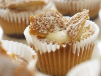 Vanilla Custard Fairy Cakes recipe