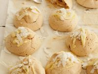 Vanilla Meringues with White Chocolate and Coconut recipe